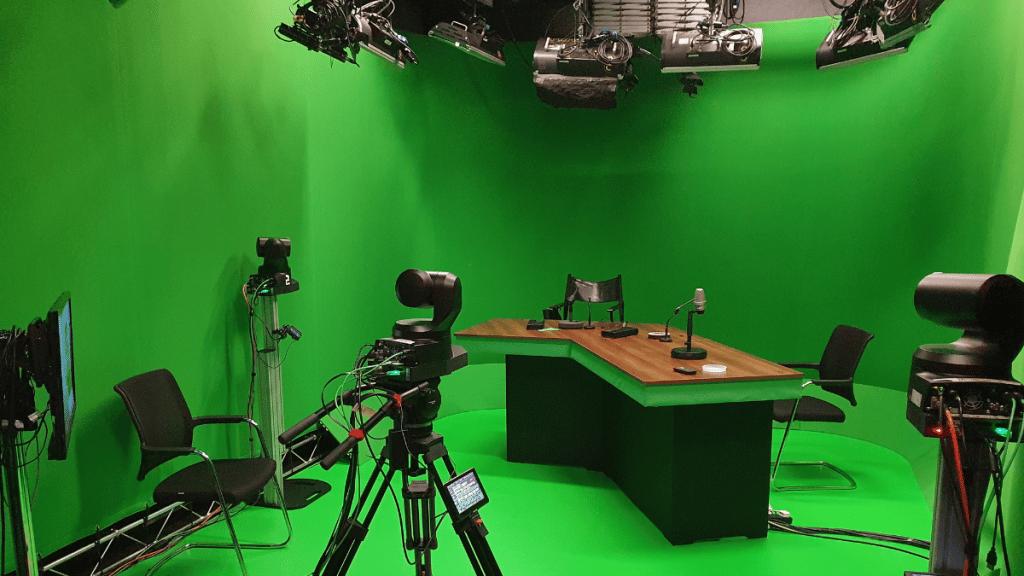 Virtual visualisation of radio